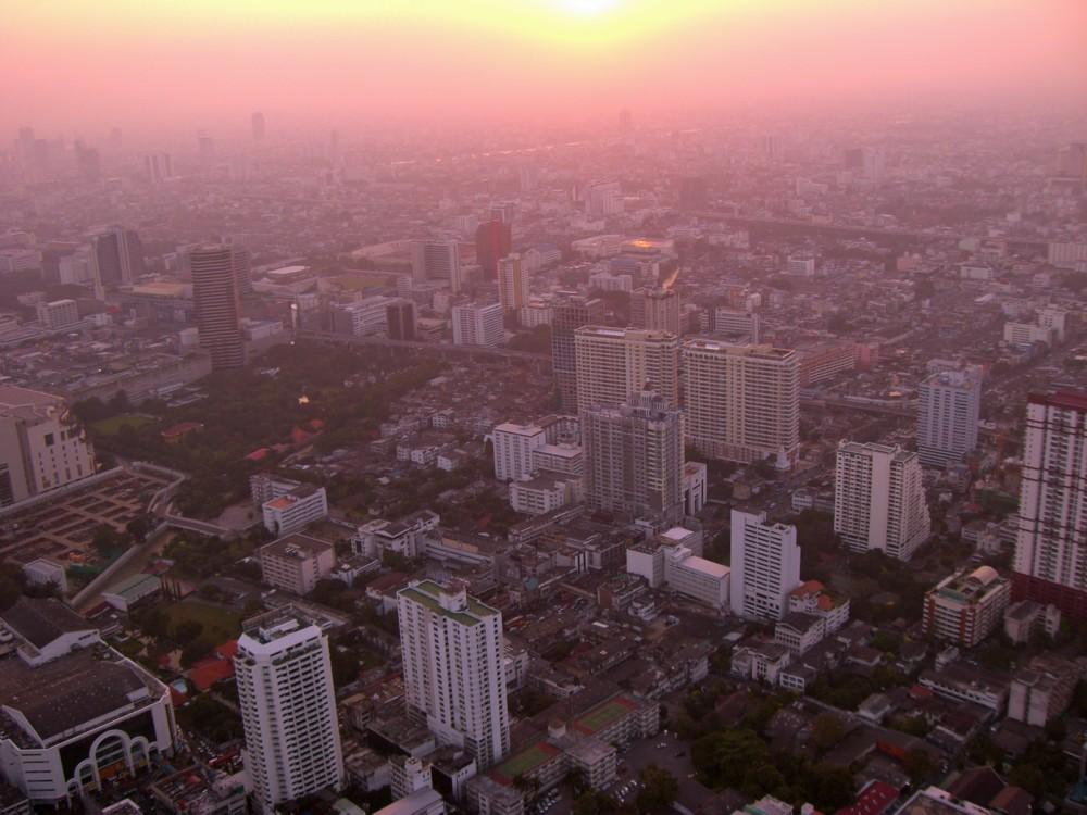 Blick vom höchsten Gebäude Bangkoks
