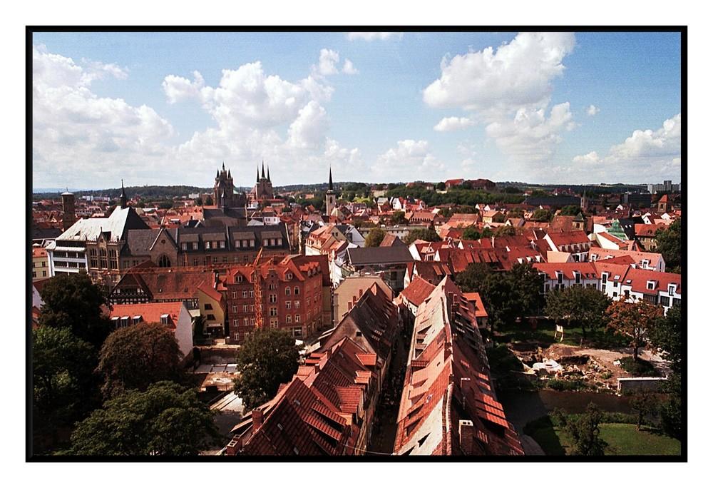Blick vom Kirchturm an der Krämerbrücke