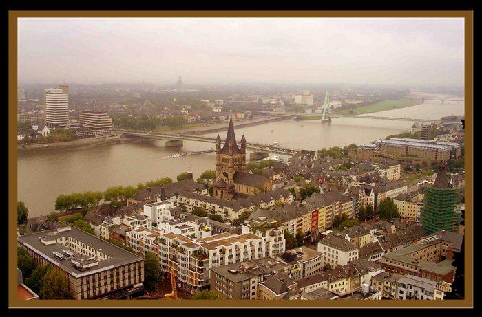 Blick vom Kölner Dom ...