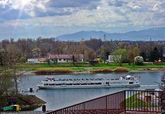 Blick vom Münsterberg auf den Rhein bei Breisach