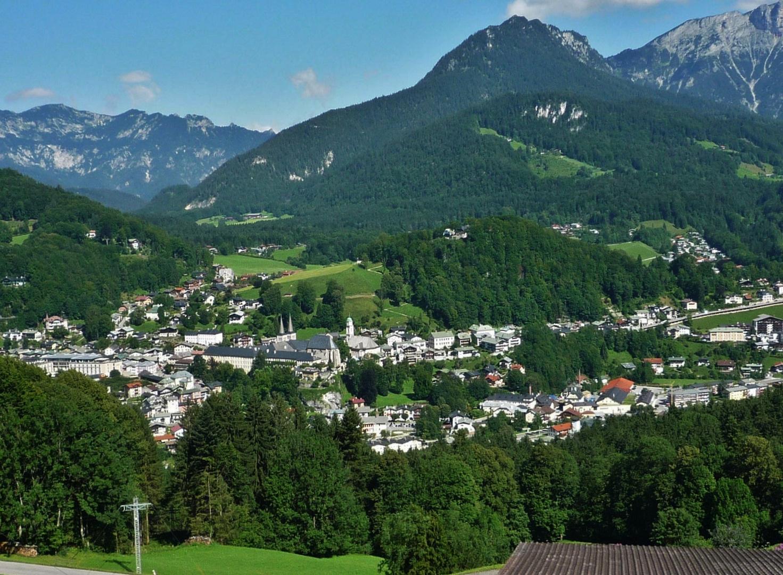 Blick vom Obersalzberg auf Berchtesgaden