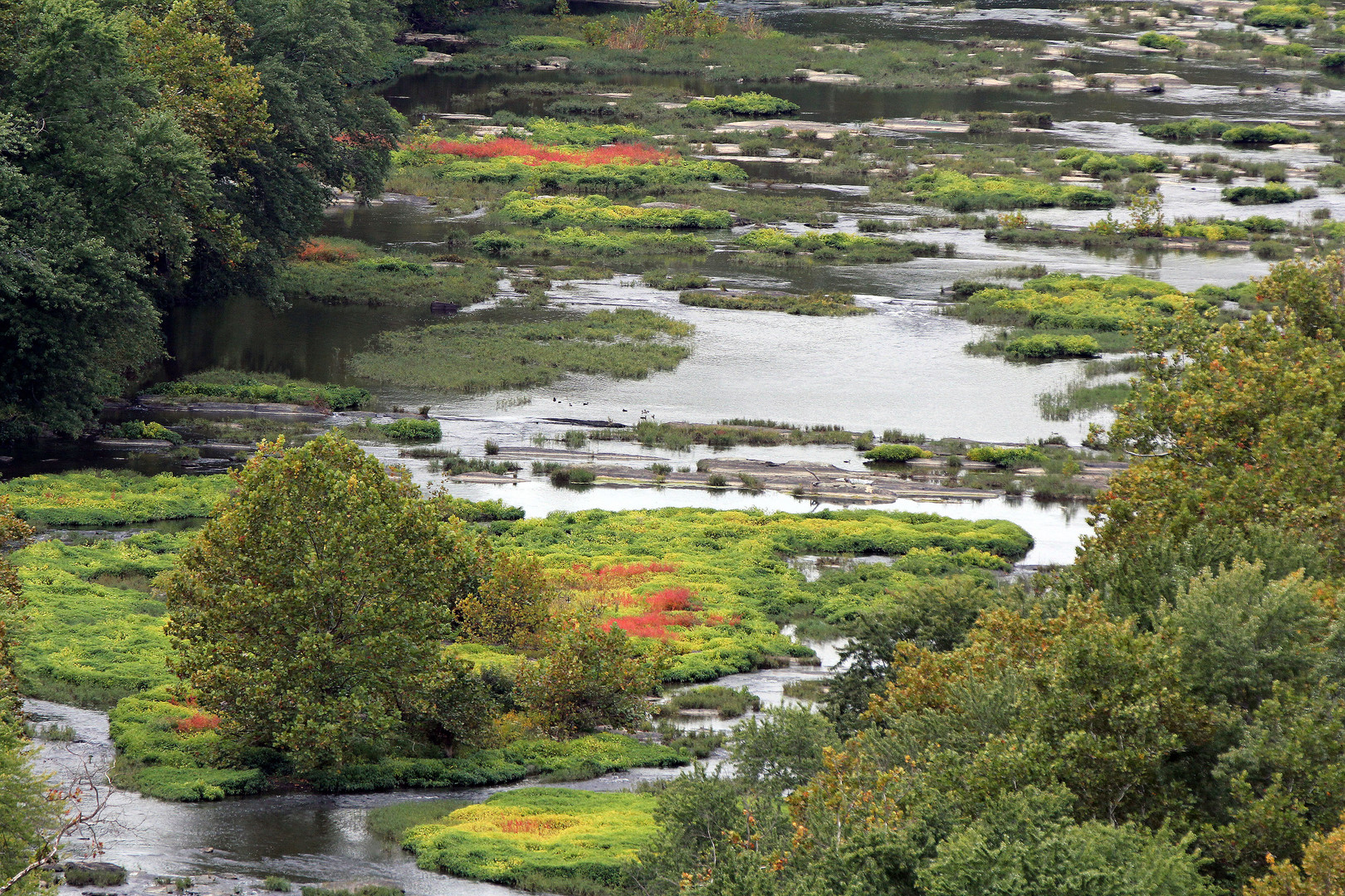 Blick vom Outlook von Harpers Ferry 800m ü.N. auf den Potomac River,