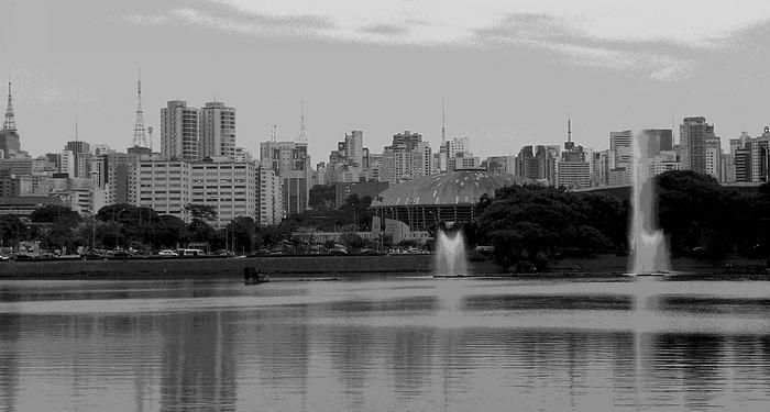 Blick vom Parque Ibirapuera , São Paulo, auf diesen Moloch einer Stadt