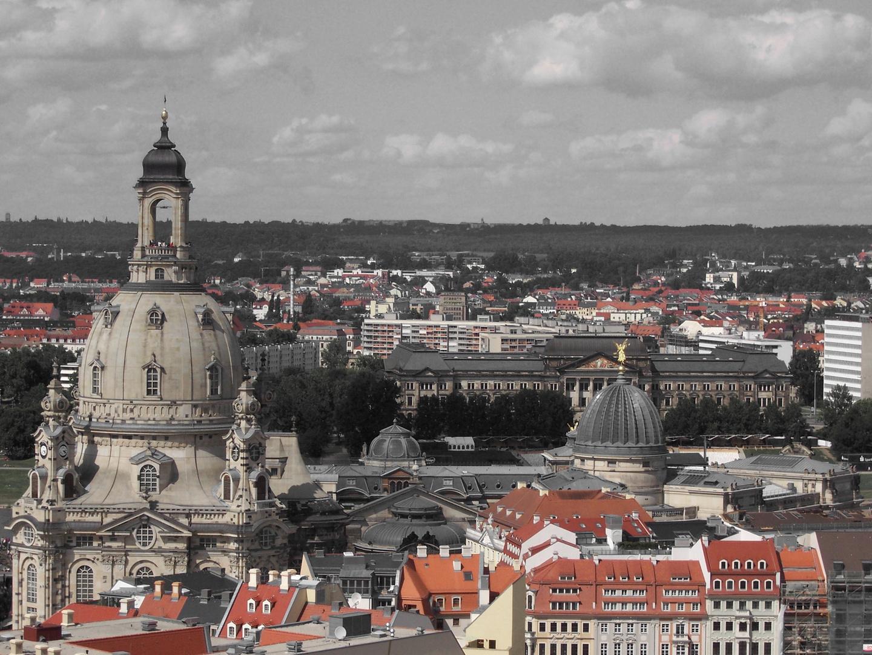 Blick vom Rathausturm auf dem Neumarkt und die Frauenkirche