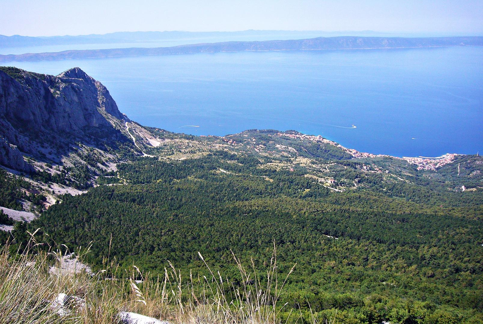 Blick vom Sveti Jure auf Podgora
