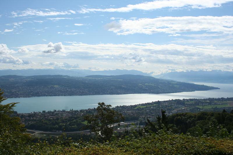 Blick vom Ügliberg auf den Zürichsee