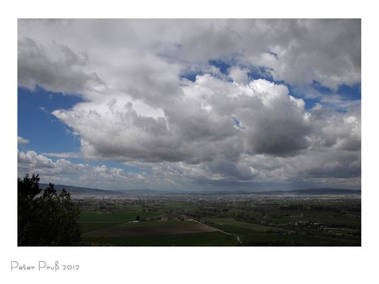 Blick von Assisi in die Ebene