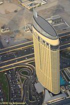 Blick von der Aussichtsplattform des Burj Khalifa auf die Skyline von Dubai (1)