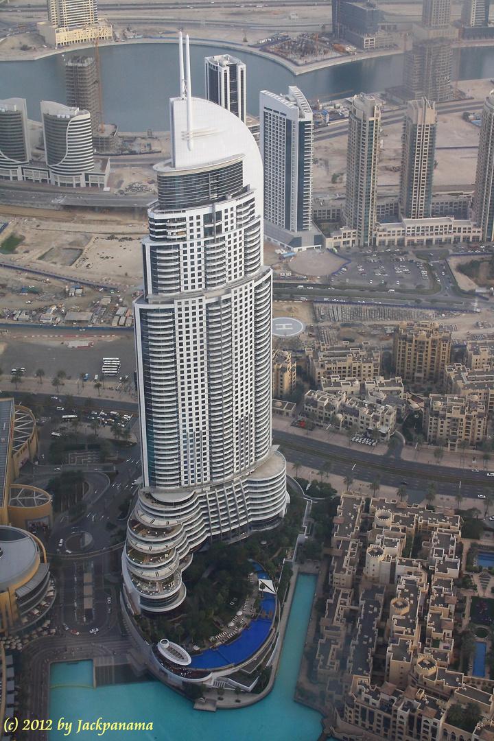 Blick von der Aussichtsplattform des Burj Khalifa auf die Skyline von Dubai (5)