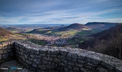 Blick von der Burgruine Reußenstein HDR...