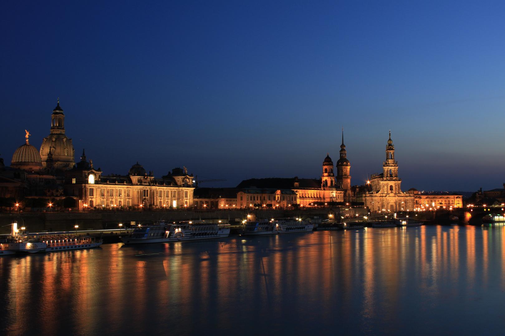 Blick von der Carolabrücke in Dresden