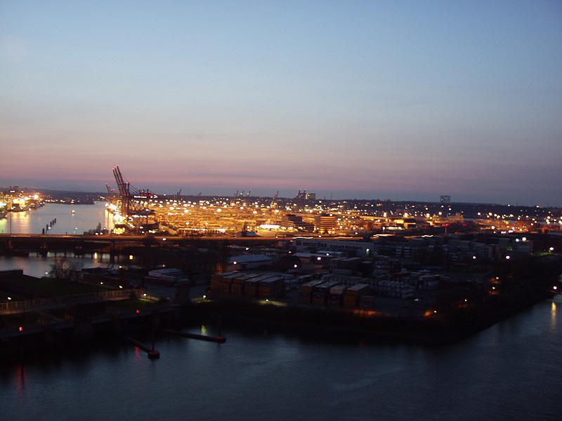 Blick von der Köhlbrandbrücke