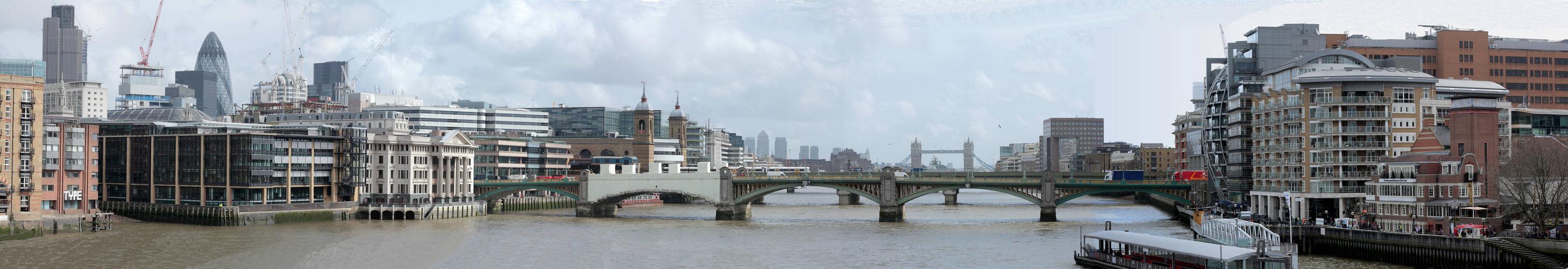 Blick von der Millenniums-Bridge