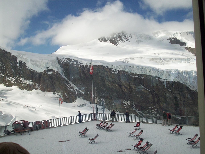 Blick von der Terrasse auf dem Felskinn in 3000 mHöhe