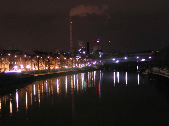 Blick von der Wilhelmsbrücke auf den Neckar