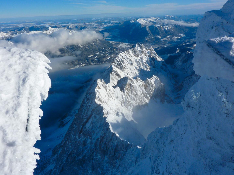 Blick von der Zugspitze nach Garmisch-Partenkirchen