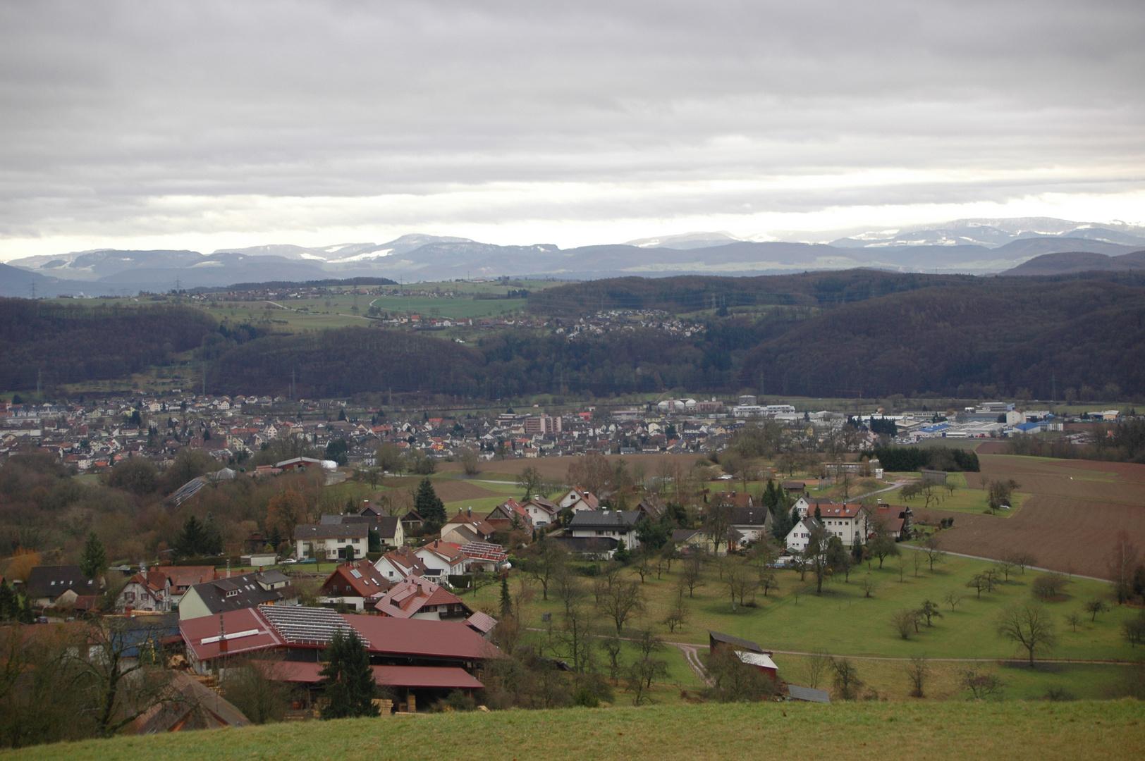 Blick von Hägelberg zum Jura