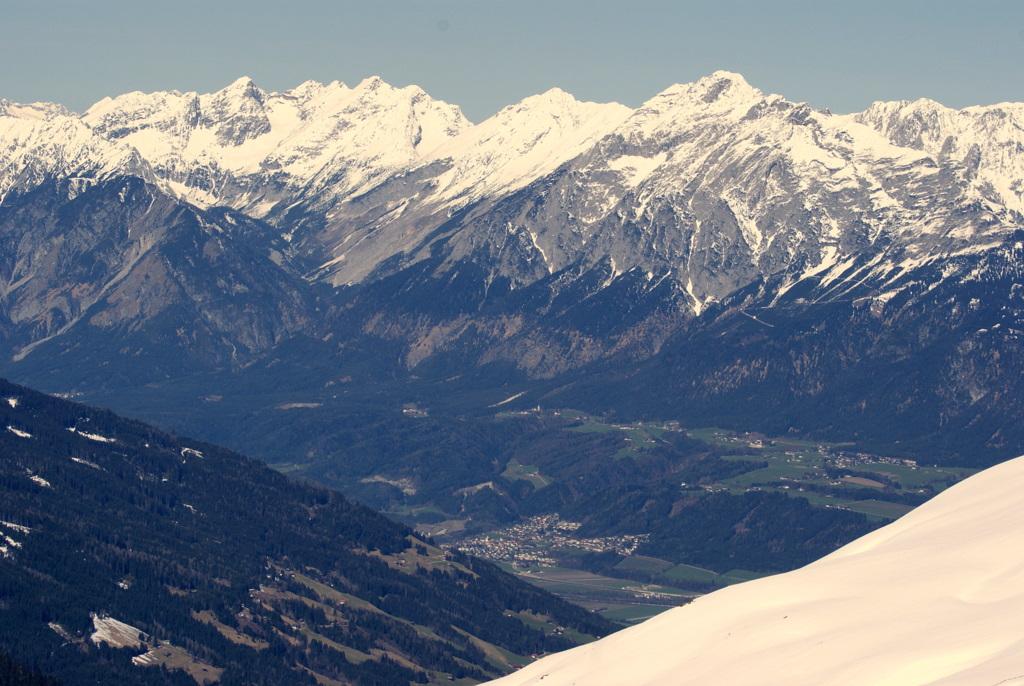 Blick von Hochfügen/Zillertal in das Inntal