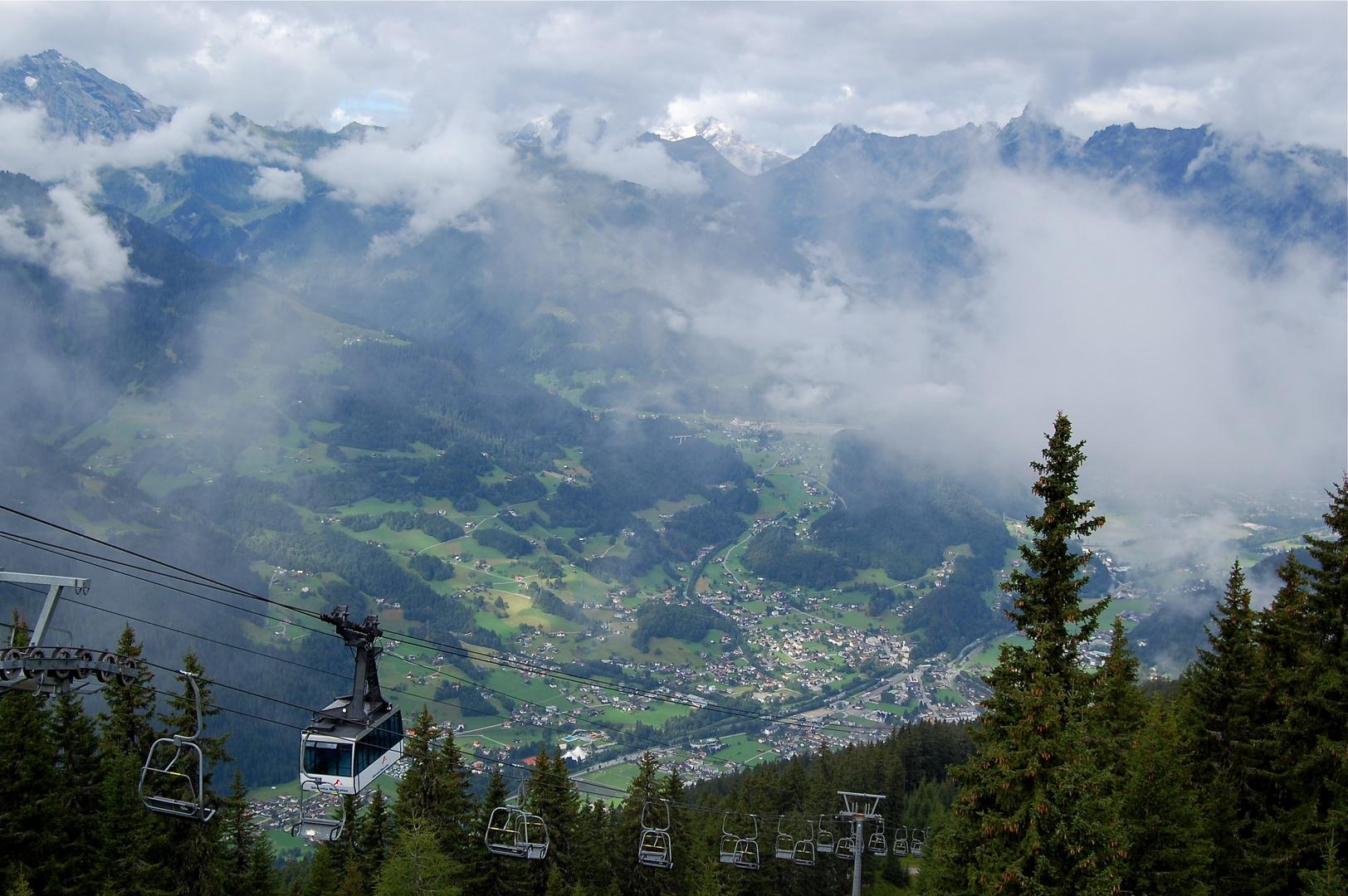 Blick von Kapell (Bergstation Hochjochbahn)…