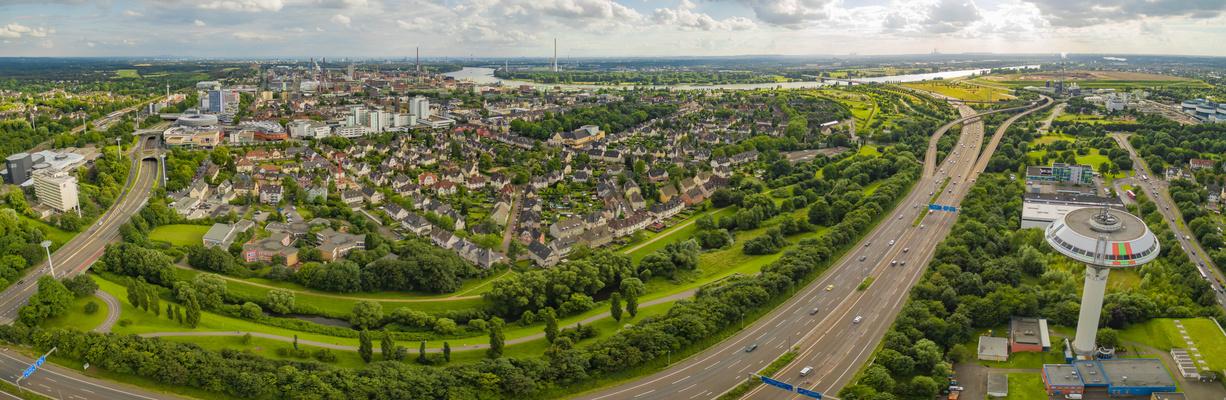 Blick von Leverkusen nach Köln.