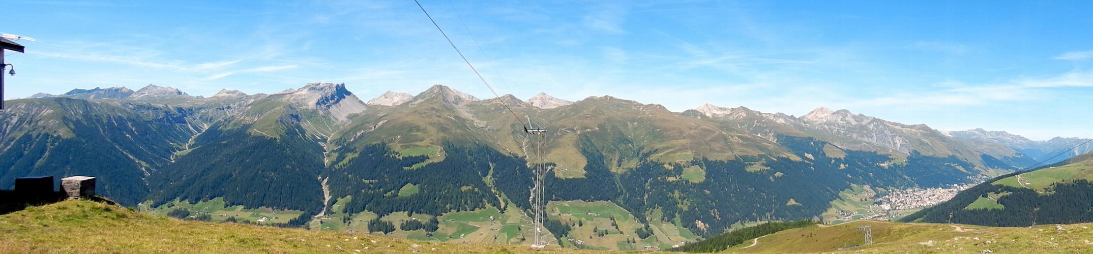 Blick von Rinerhorn, mit Aussicht auf Davos