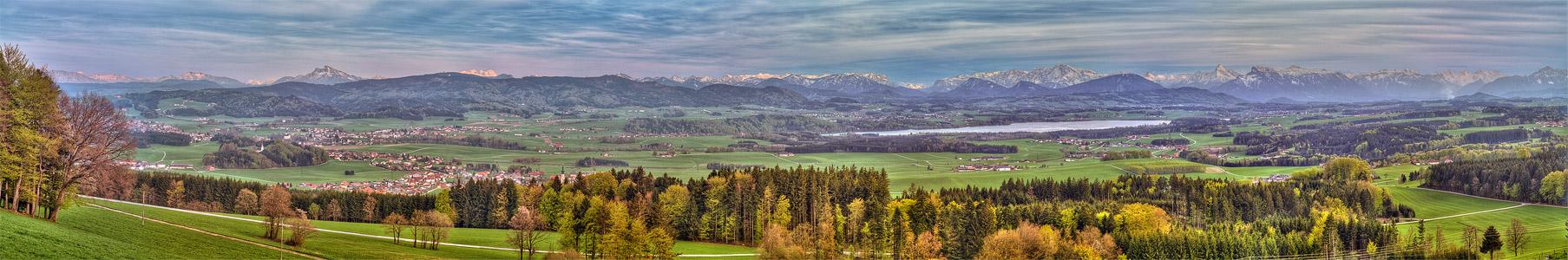 Blick von Tannberg ins Salzburger Seenland