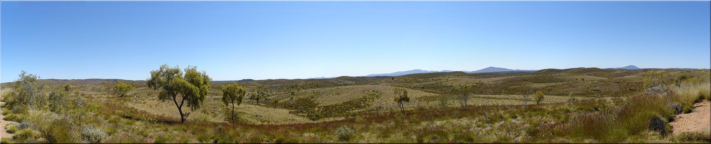 Blick von Tyler´s Pass auf Mt. Zeil und Mt. Sonder