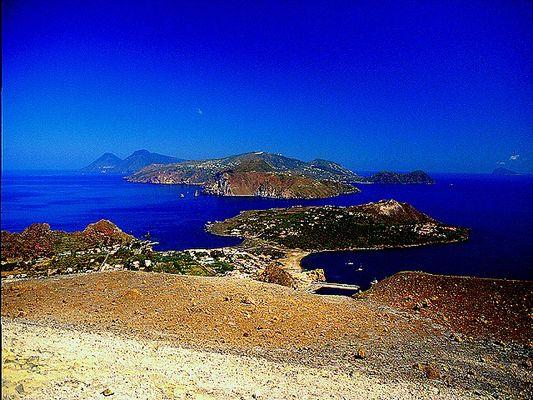 Blick von Vulcano nach Lipari (Äolische Inseln)