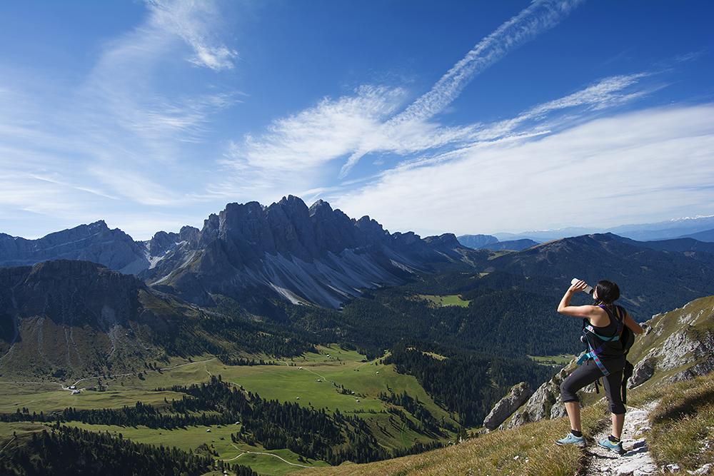 ... Blick zu den Geislerspitzen - Südtirol ...
