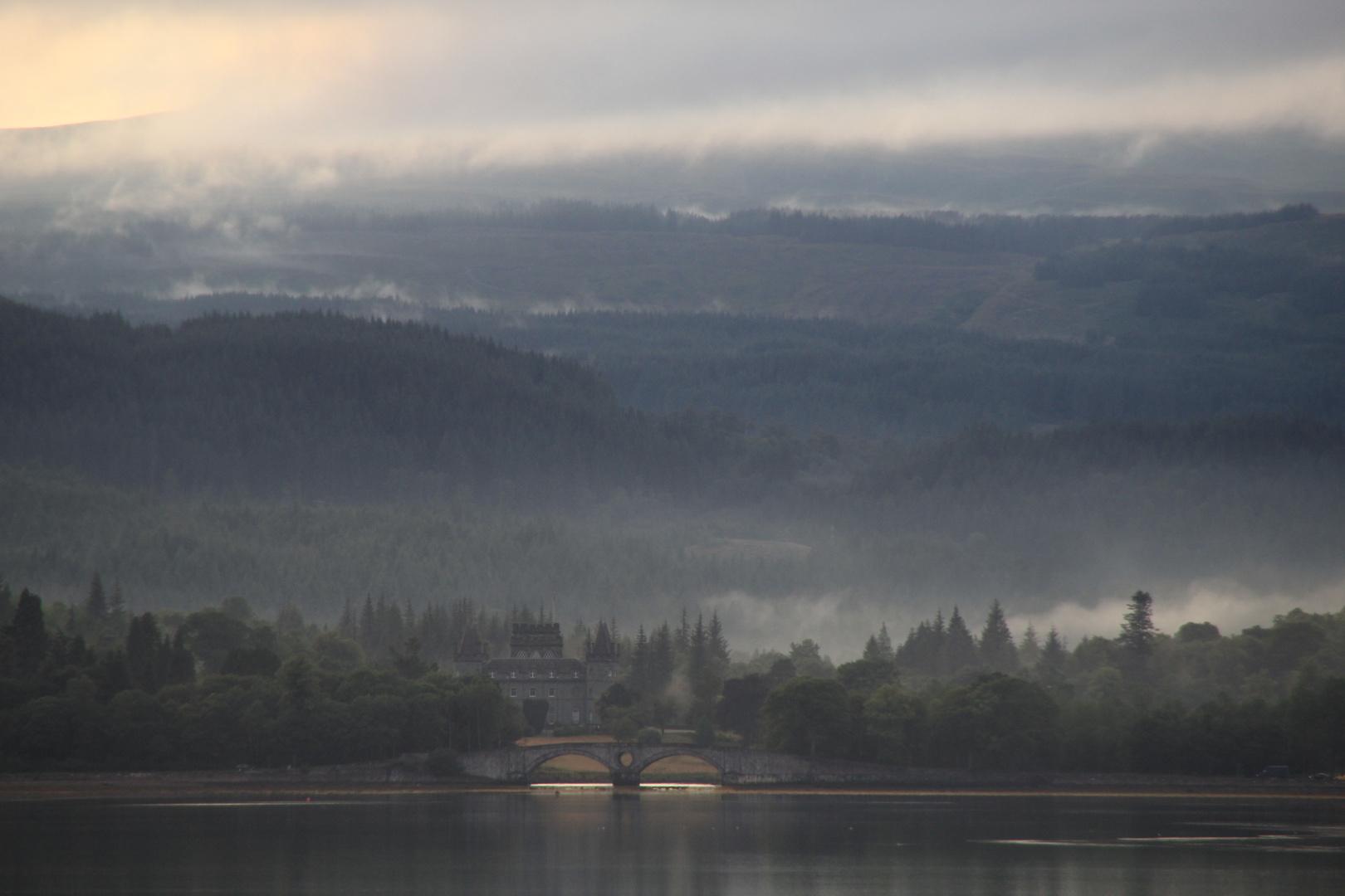 Blick zum Inveraray Castle