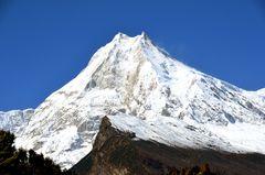 Blick zum Manaslu (8163 m)