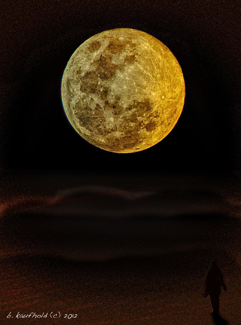 Blick zum Mond
