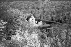 Blick zum Neißewehr und der Obermühle