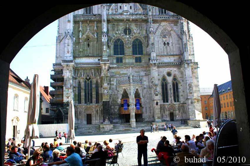 Blick zum Regensburger Dom