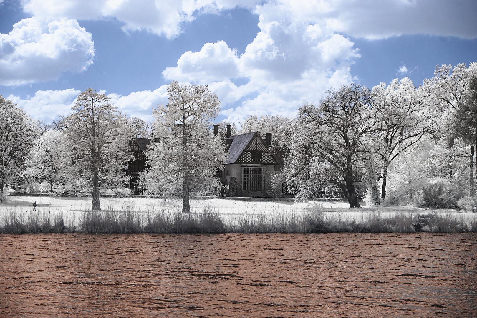 Blick zum Schloss Cecilienhof