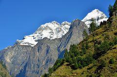 Blick zum Shingri Himal (7187 m)