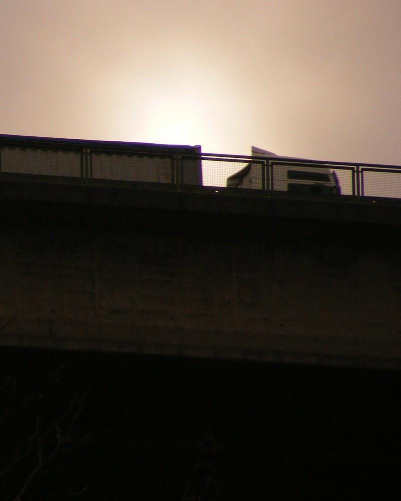 Blick zur Brücke