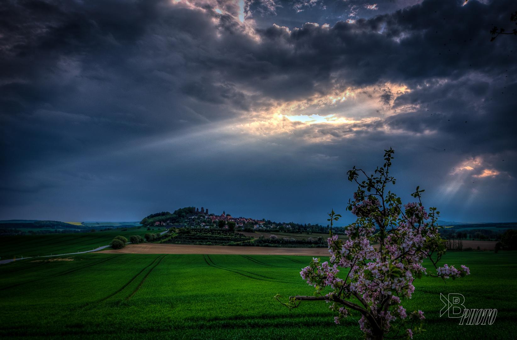 Blick zur Burg Stolpen, bevor der Regen kam
