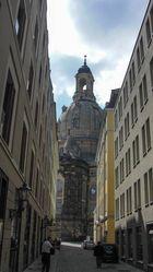 Blick zur Frauenkirche in Dresden