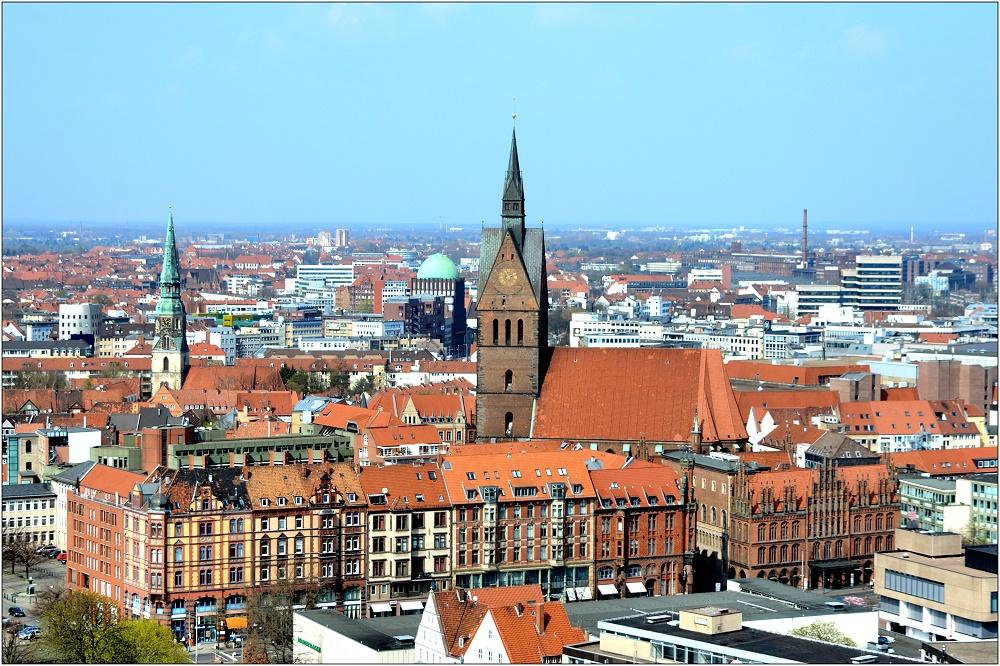 ... Blick zur Marktkirche ...
