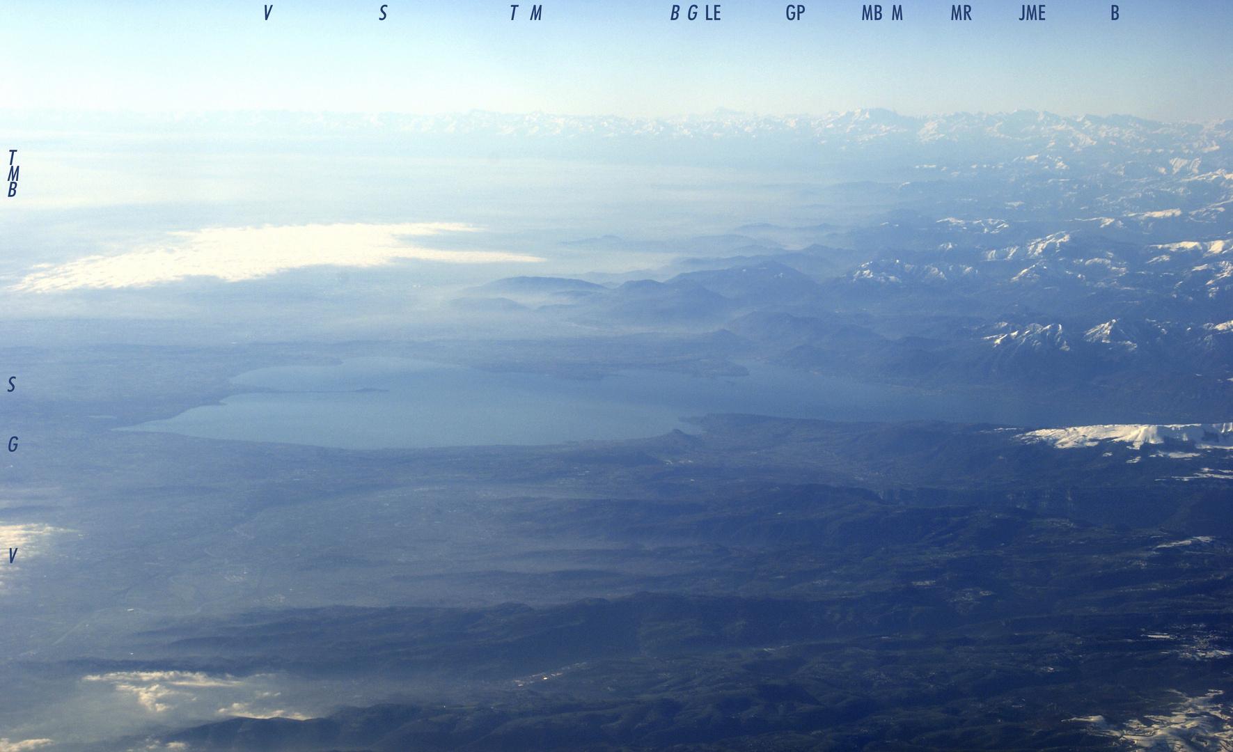 Blicke über Italien hinaus (1) - Gardasee und Alpen