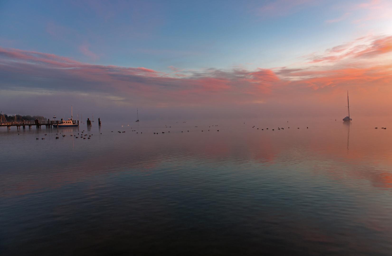 Blickrichtung Süden - Streiflicht vom Sonnenaufgang