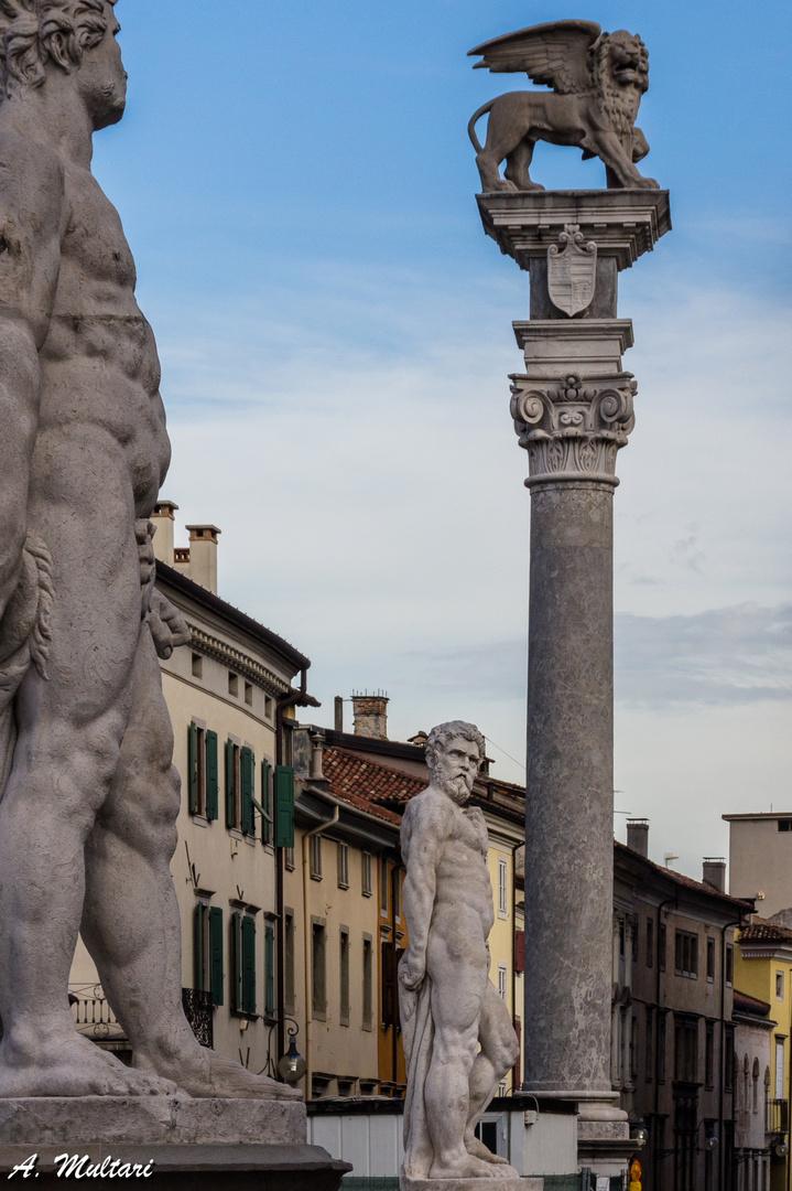 Blickspiel (Udine)