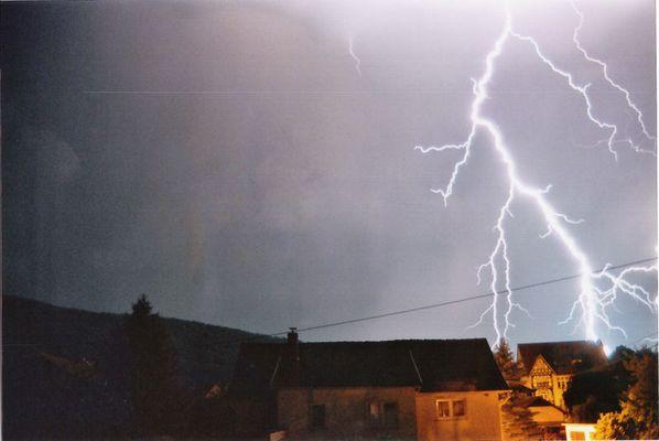 Blitz beim Nachbarn