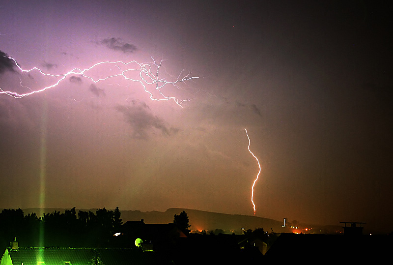 Blitz trifft Turm