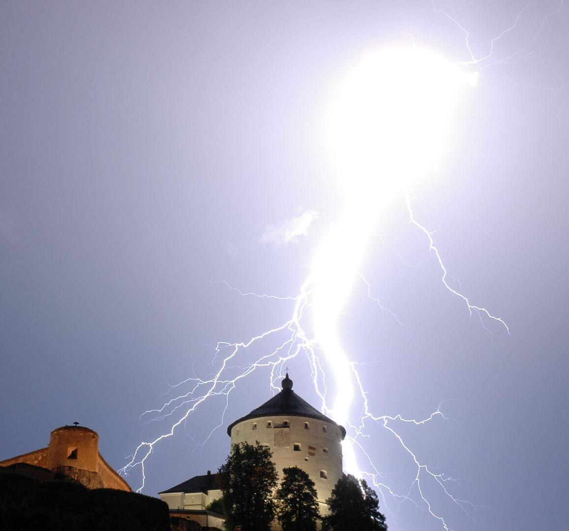 Blitz über der Festung Kufstein