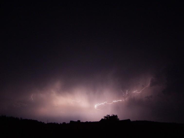 Blitze bei Nacht