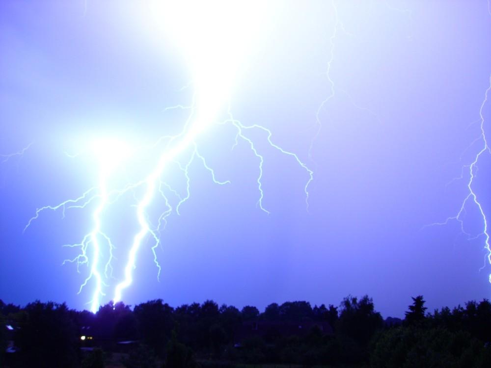 Blitze Juli