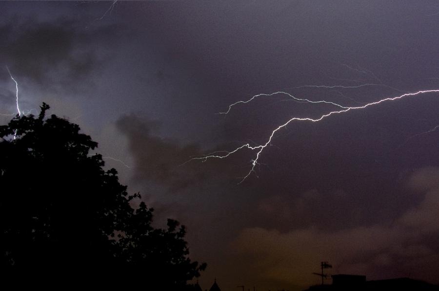 Blitze über Düsseldorf