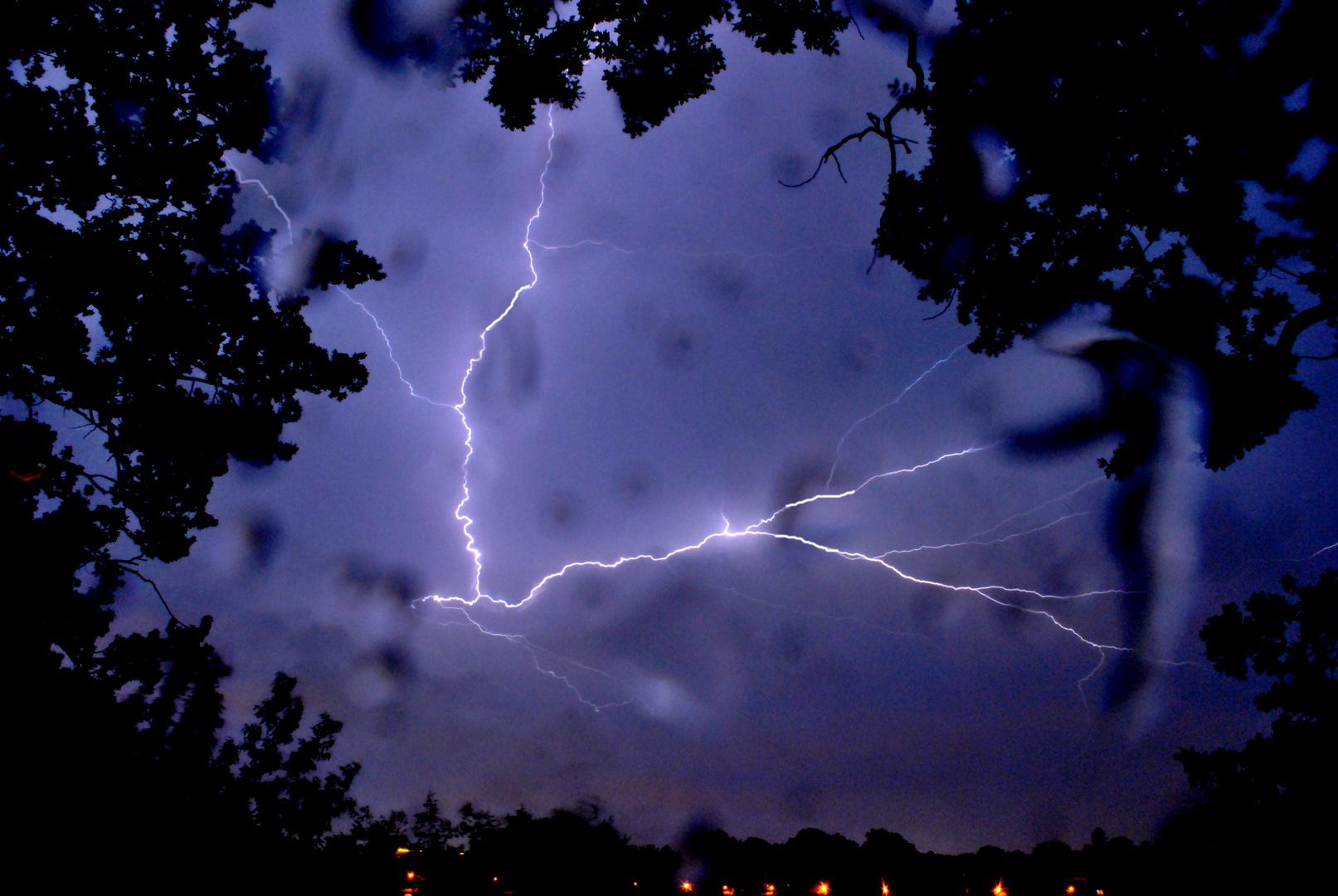Blitze über Stralsund